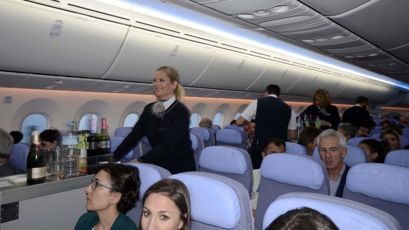 Los primeros Boeing 787-9 de Air Europa contarán con 303 asientos en clase turista en filas de 9 asientos. Desde el quinto serán 307 los asientos a bordo.