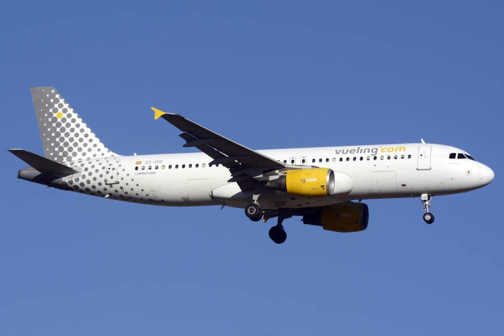 Airbus A320 EC-IZD de Vueling