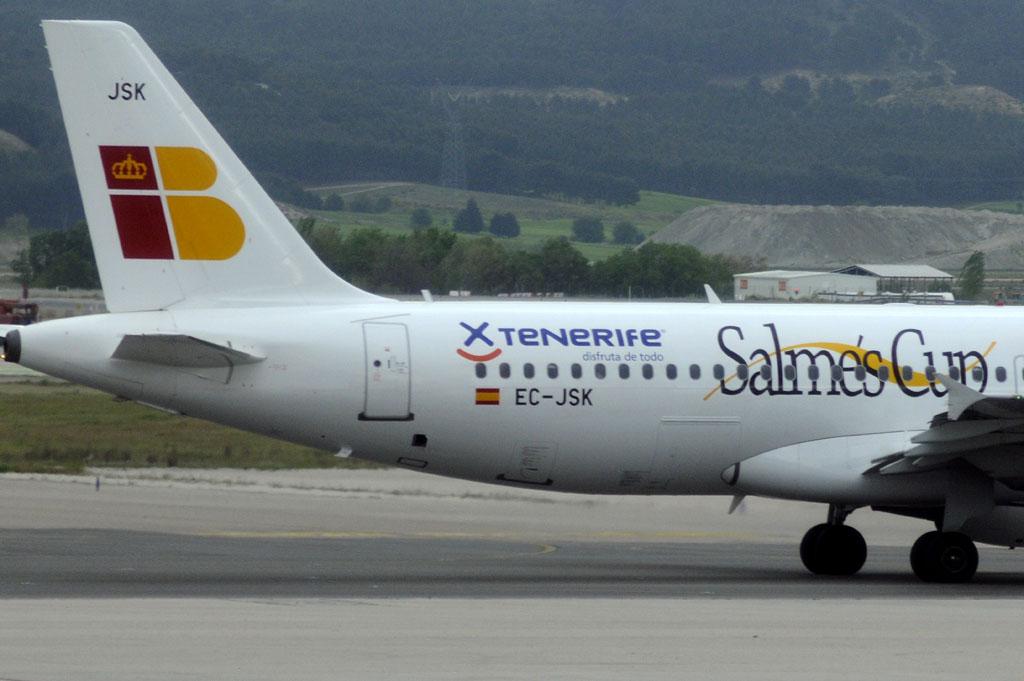 Airbus A320 EC-JSK de Iberia Express