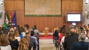 EVA integra a diversos sectores de actividad, desde la política, la industria, la universidad o los medios de comunicación.