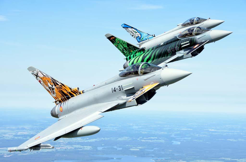 El entrenamiento con unidades de otros países equipadas con el Eurofighter es continuo.