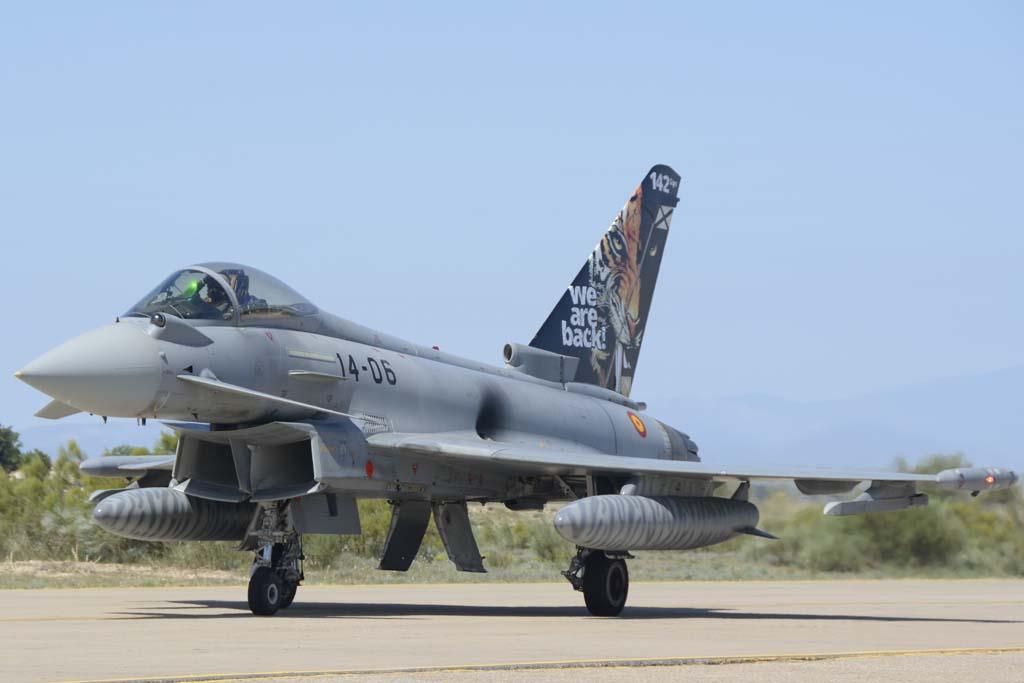 El 142 celebró volver a ser operativo tras cambiar del Mirage F1 al Eurofighter con este avón.