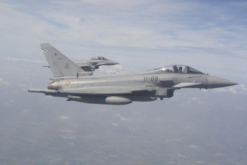 El Eurofighter, C-16 para el Ejército del Aire, es el más moderno caza en servicio en el mismo.