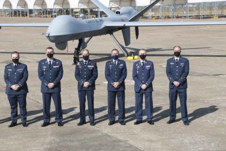 Tras las pruebas iniciales, el 17 de febrero la DGAM del ministerio de Defensa traspasó al Ejército del Aire los MQ-9 en la base aérea de Talavera.