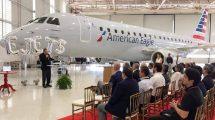 Ceremonia de entrega del E-Jet número 1.400 en la factoría de Embraer en Sao Jose dos Campos.