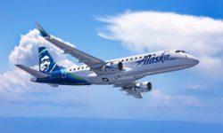 Embraer E175 con  los colores de Alaska SkyWest