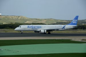 Boeing responde a la compra por Airbus del CSeries con la toma de control de la división de aviones comerciales de Embraer.