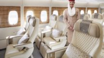 Emirates es la primera de las tres grandes aerolíneas del Golfo en ofrecer turista premium en sus aviones.