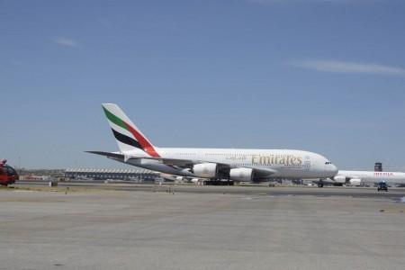 Los Airbus A380 que Emirates usará en la ruta a Madrid cuentan con 14 asientos de primera clase, 67 en business y 427 en turista.