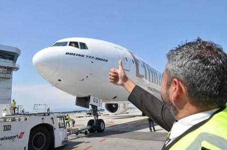 Emirates comenzó volando una vez al día con B-777 a Barcelona. Hoy tiene dos vuelos diarios con A380.