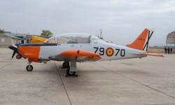 Los T-35 fueron construidos en España por CASA bajo licencia de la chilena Enaer.