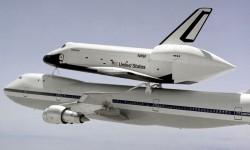 La lanzadera Enterprise será trasladada sobre un B-747 desde Washington al aeropuerto Kennedy de Nueva York.