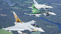 Eurofighter de España, Alemania e Italia, luciendo decoraciones especiales.
