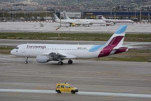 Eurowings negocia con los sindicatos de sus trabajadores un nuevo convenio colectivo que sea válido hasta 2021.