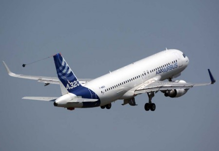 El primer A320 ha servido para numerosas pruebas y certificaciones de nuevos equipos, como por ejemplo los sharklets.
