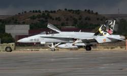 F/A-18 del Ala 12 con decoración especial presente en la exposición estática en Torrejón.