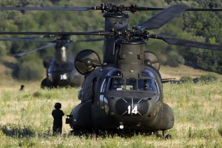 Helicópteros Boeing CH-47 Chinook de FAMET.