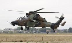Eurocopter Tigre ET-705 de FAMET llegando a Cuatro Vientos para participar en el desfile del día 12 de octubre
