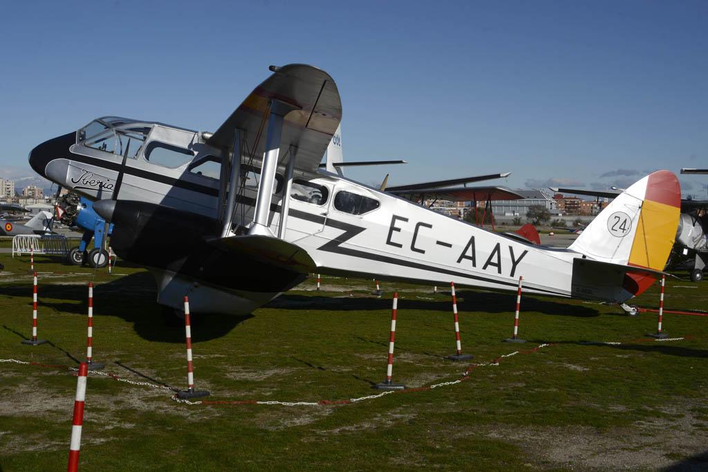 De Havilland DH-89 Dragon Rapide. Está pendiente de matricularse en España para ppder participar en las demostraciones en vuelo.