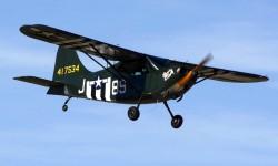 El Stinson L-5 fue uno de los dos únicos aviones de enlace estadounidense que fueron diseñados con este fin durante la Segunda Guerra Mundial y no modificados a partir de aviones civiles.