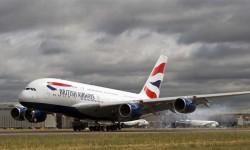 BRITISH AIRWAYS RECIBE SU PRIMER A380. la aerolínea británica recibió en verano su primer A380, de un pedido total por doce unidades y como parte de su programa de renovación de flota de largo radio, que incluye también pedidos de B-787 y A350 XWB. Muchos en España esperan ver alguno de estos aviones con la nueva librea de Iberia.