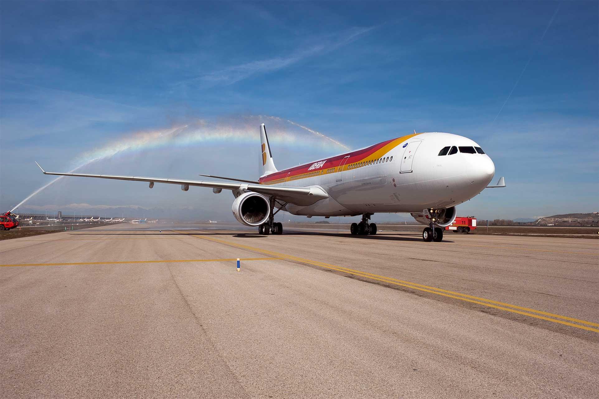 Iberia recibe su primer A330