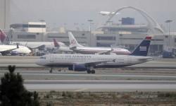 FUSIÓN AMERICAN AIRLINES/US AIRWAYS. En la primavera American Airways y US Airways anuncian su intención de fusionarse, intento paralizado por un tribunal federal de Estados Unidos, cuya prohibición se levantó a finales de 2013, creando el mayor grupo de transporte aéreo del mundo.