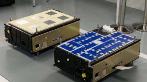 Lpos dos Cubesat que forman el Φ-sat-1 , cuyo tamaño es similar l de una caja de zapatos.