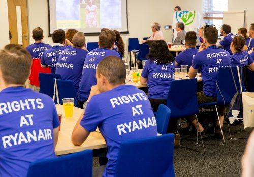 TCP de Ryanair en una sesión informativa del sindicato Forsa en Irlanda.