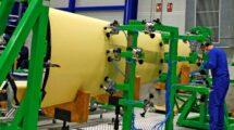 Producción del fuselaje trasero del Rqacer en Albacete.