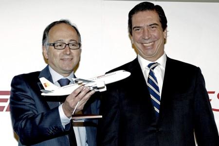 Luis Gallego (izquierda) sustituyó a Rafael Sánchez Lozano (derecha) como consejero delegado de Iberia y después a Antonio Vázquez como presidente.