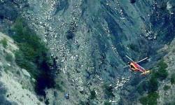 Los helicópteros franceses sobre los restos del A320 de Germanwings