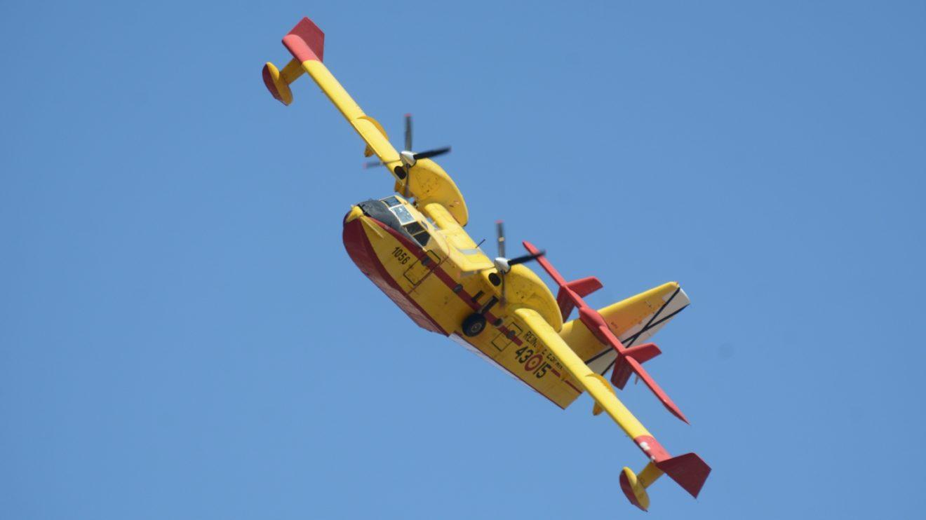 Cada verano los CL-215T, y CL-415 del 43 Grupo se reparten por toda España para luchar contra los incendios forestales