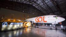 El primero de los 105 Boeing 737 MAX 8 de Gol durante su presentación.