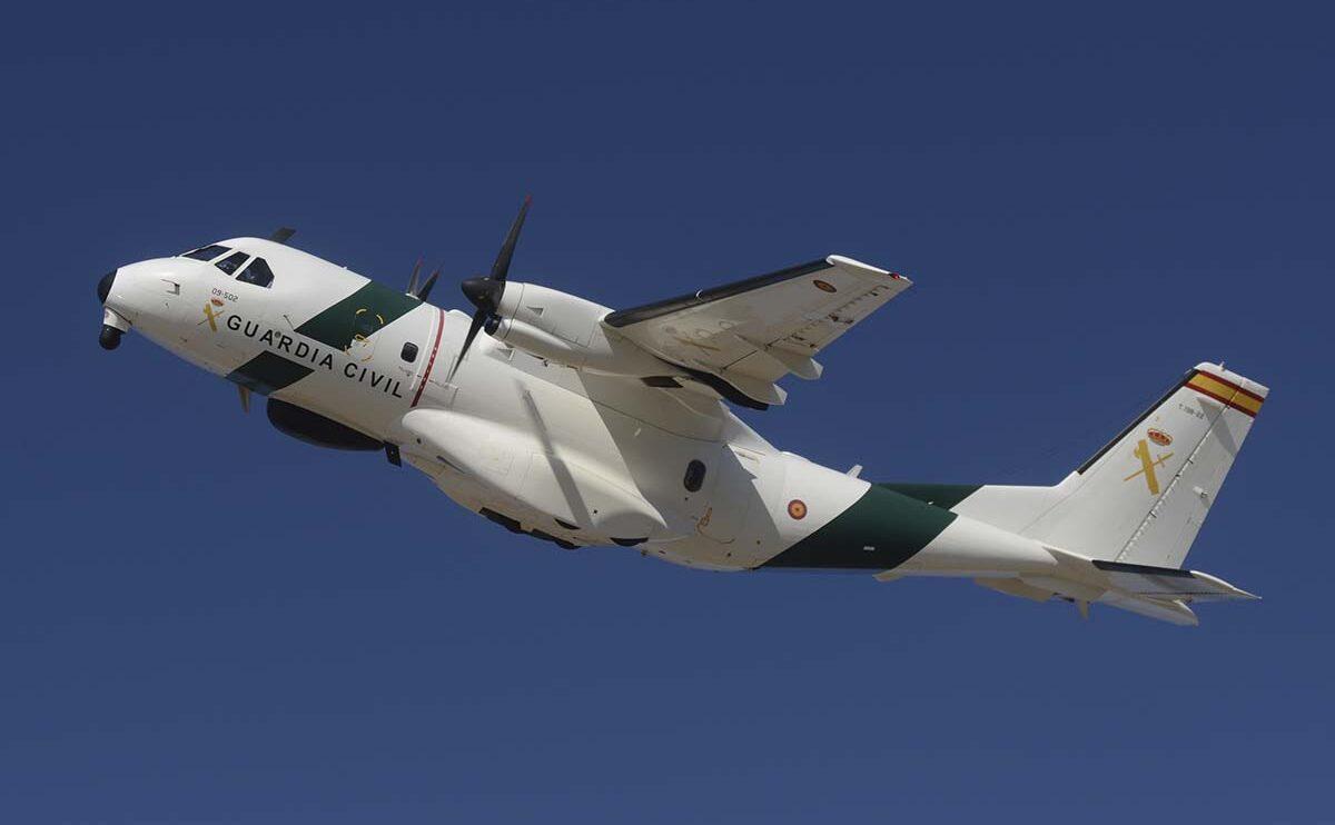 Se echó a faltar el nuevo Beech 350 de la Guardia Civil junto a este CASA CN-235.