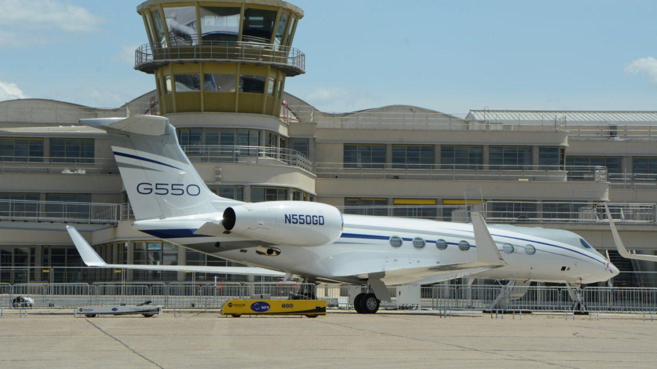 Gulfstream G550.