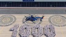 Celebración en Marignane de la entrega del Super Puma número 1.000.