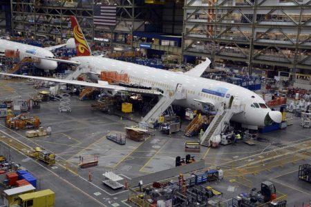Boeing lleva vendidos 1.615 aviones comerciales a China, sin contar con los incorporados en leasing de empresa de otros países como este B-787 para Hainan Airlines, propiedad de la estadounidense Aercap.