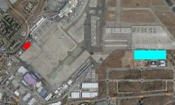 En rojo la ubicación del actual hangar de Swiftair, y en azul la parcela donde se construirán los nuevos hangares de Air Europa, Swiftair y Ryanair.