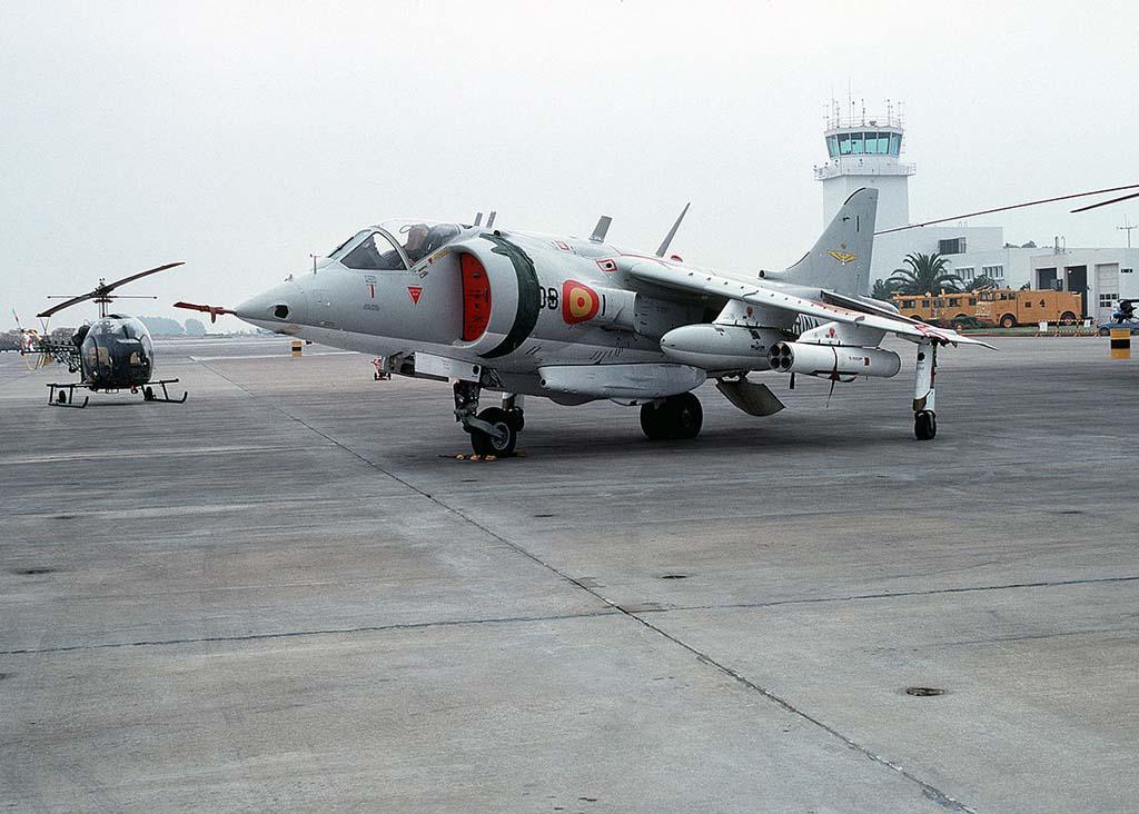 El diseño del Harrier cambió significativamente en cada nueva versiñon.