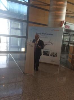 Juan José Hidalgo durante sus palabras antes del embarque del vuelo inaugural de Air Europa con el Boeing 787 a Miami.
