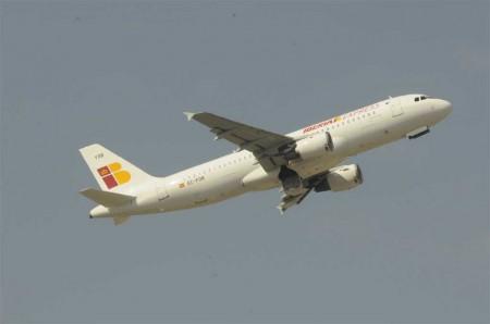 La creación de Iberia Express está en la base del conflicto de los pilotos