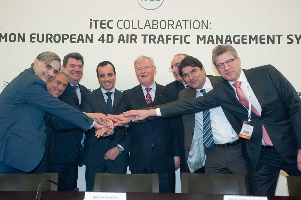 Los gestores del tráfico aéreo de Alemania, España, Holanda y Reino Unido firman un acuerdo para desarrollar un sistema común de control