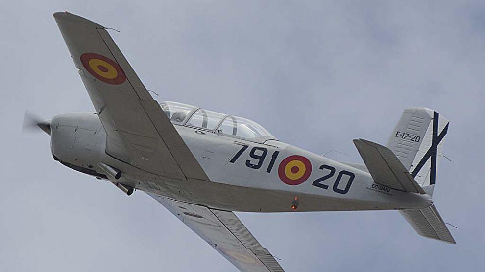 El T-34 Mentor fue el avión en el que se soltaron como pilotos el rey Juan Carlos I y el rey Felipe VI durante su formación militar con el Ejército del Aire.