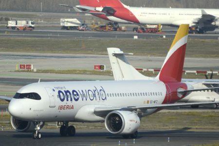 Iberia retrasará la entrega de varuos A320neo, A321neo y A240 por la crisis del COVID-19.