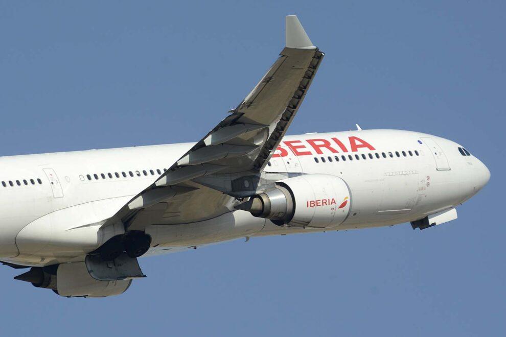 IAG se muestra optimista con el futuro y la recuperación de los viajes en avión.