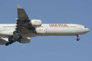 IAG reducirá sus operaciones y acelerará la retirada de aviones como los Airbus A340.