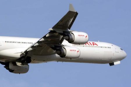 Iberia seguirá renovando su flota de largo y corto radio para mejorar su productividad