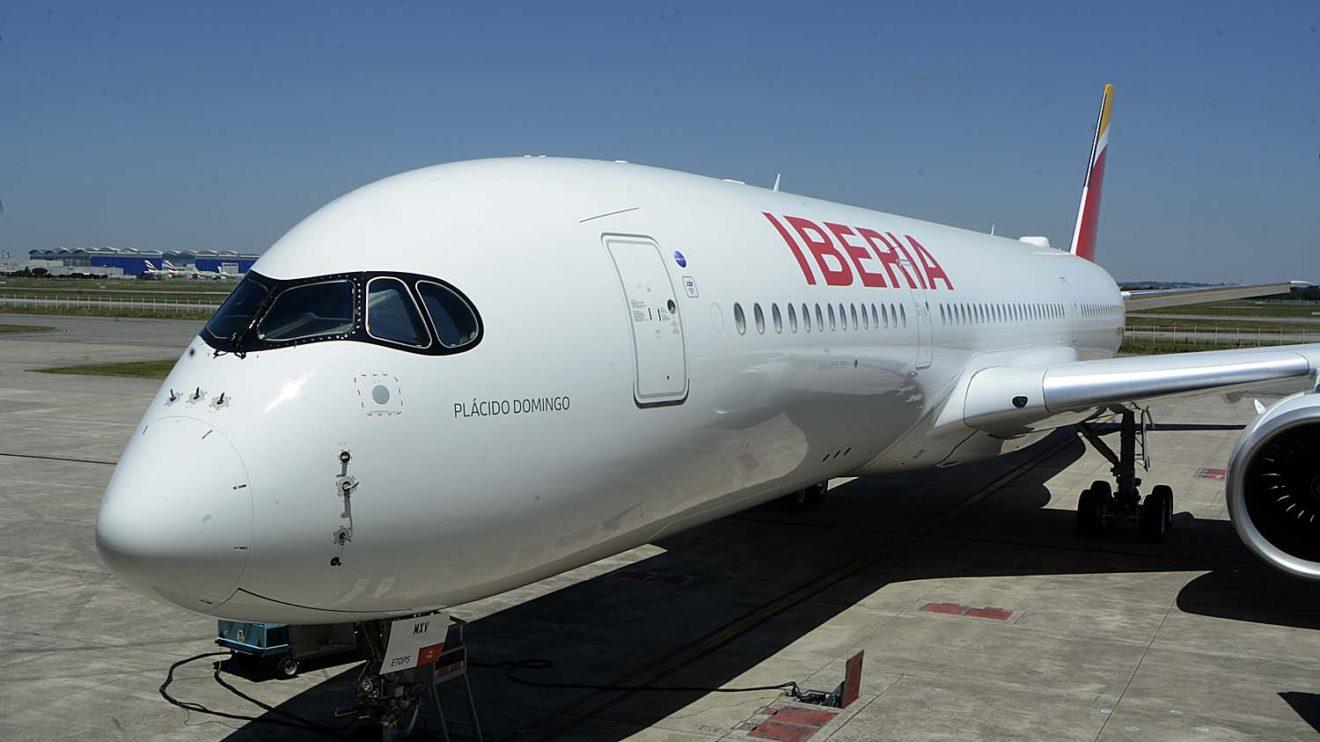 Iberia ha bautizado Plácido Domingo su primer A350. El 23 de julio será la ceremonia oficial con la presencia del tenor.