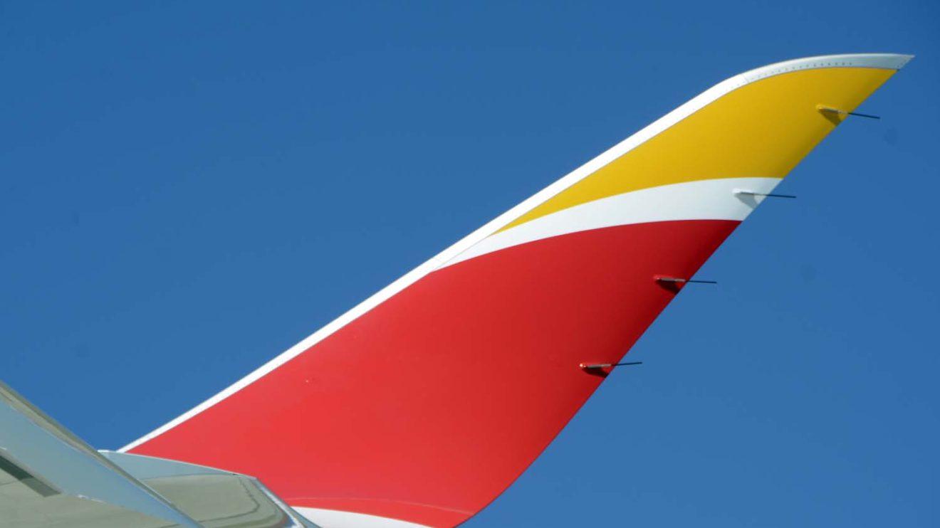 Iberia ha sido la primera aerolínea en recibir el A350-900 con los nuevos winglets de nuevo diseño y 2 metros más de altura.